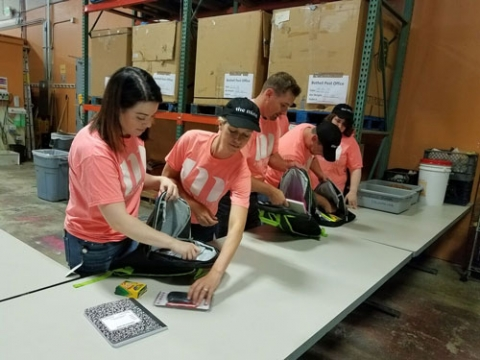 TheMine.com volunteers at Hopelink